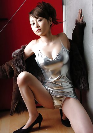 Asian High Heels Pics